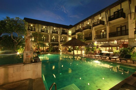 The Lokha Legian: Swimming Pool