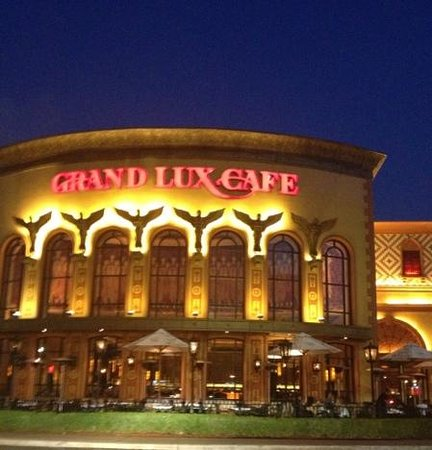 grand lux cafe garden city restaurant reviews phone number photos tripadvisor
