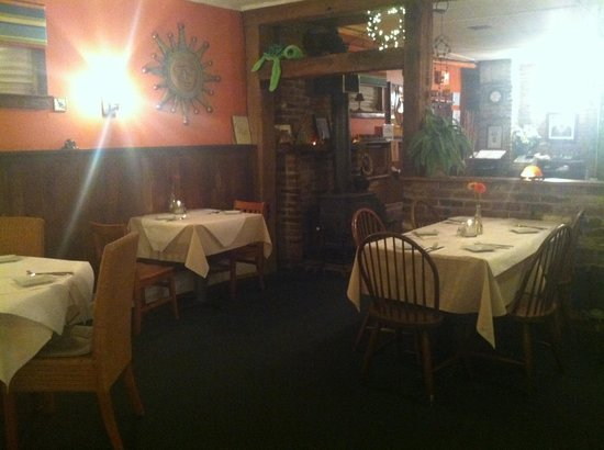 Tortuga's Cocina: Dining room