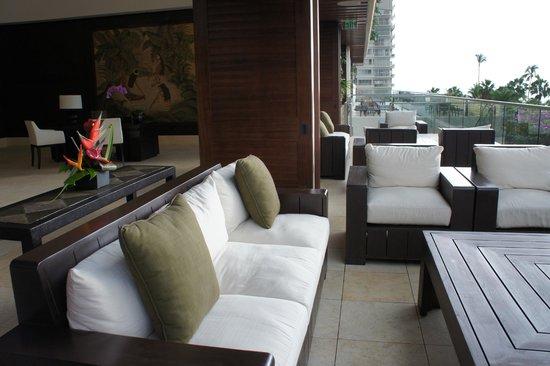 Trump International Hotel Waikiki: フロント