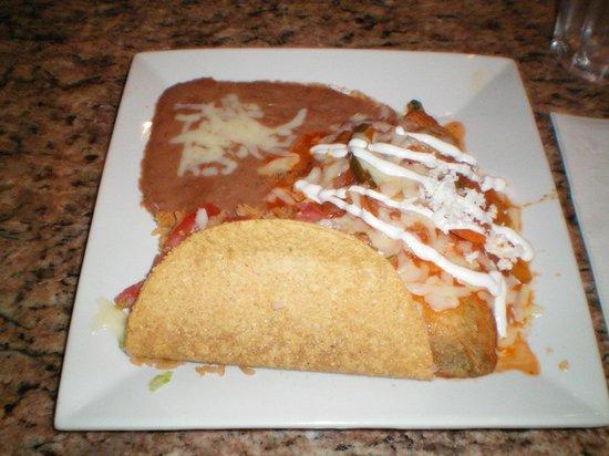 Plaza Azteca: Taco, Chili Relleno, Enchilada, Rice, & Beans.