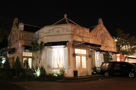 tempat dating di Surabaya
