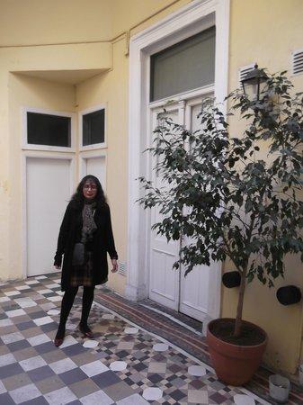 Hotel Bolivar: Right outside the room.