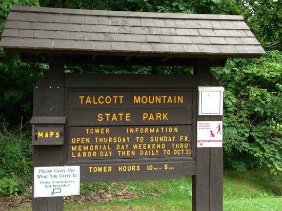 Talcott Mountain State Park: Trailhead sign.