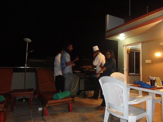 Ripple Beach Inn: new restaurant with BBQ on the roof