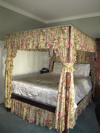 The Nob Hill Inn: Bedroom