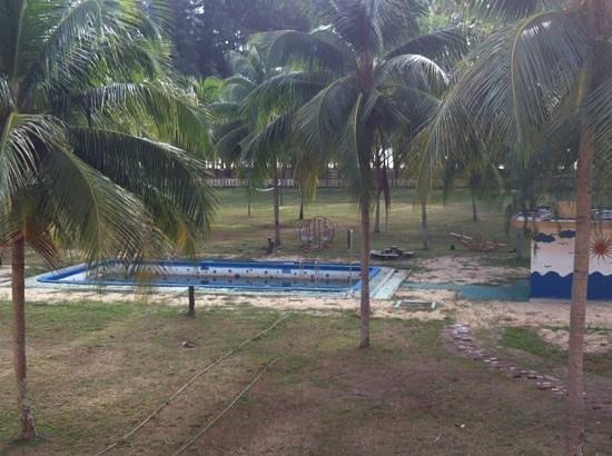 Hotel Primula Pointray Besut : Pool?