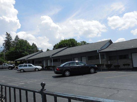 Colton Motel: outside