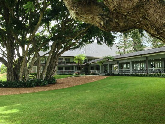 Four Seasons Resort Lana'i, The Lodge at Koele: west wing