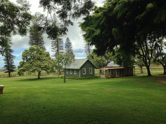 Four Seasons Resort Lana'i, The Lodge at Koele: lovely old church, Sunday svcs in English & Hawaiian