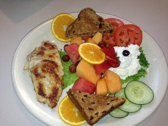 Natalie's Family Restaurant: low cal plate