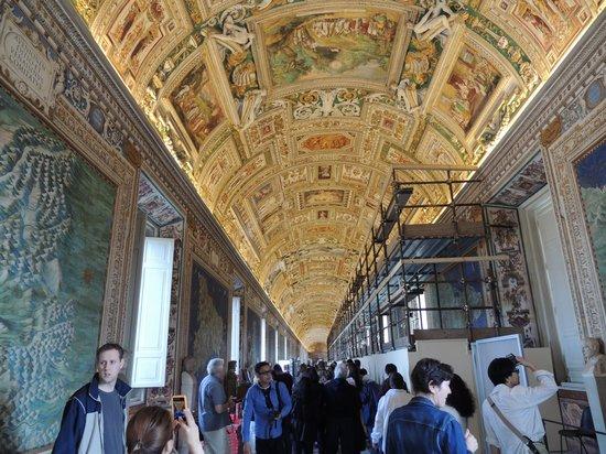 Starhotels Metropole: Inside the Vatican Museums
