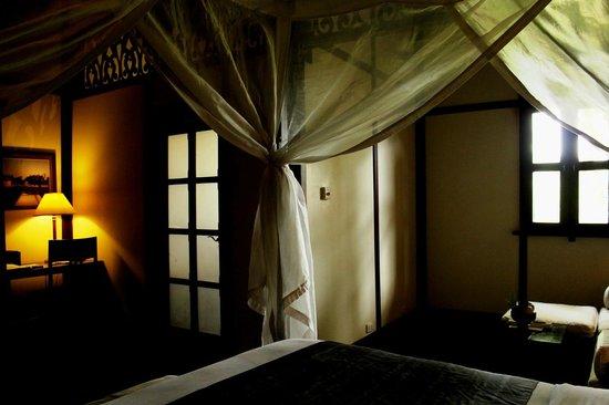3 Nagas Hotel: corner of room