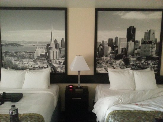 Super 8 Vallejo/Napa Valley: Two firm comfortable beds