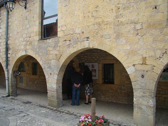 Lascaux II : Ticketverkoop in Montignac