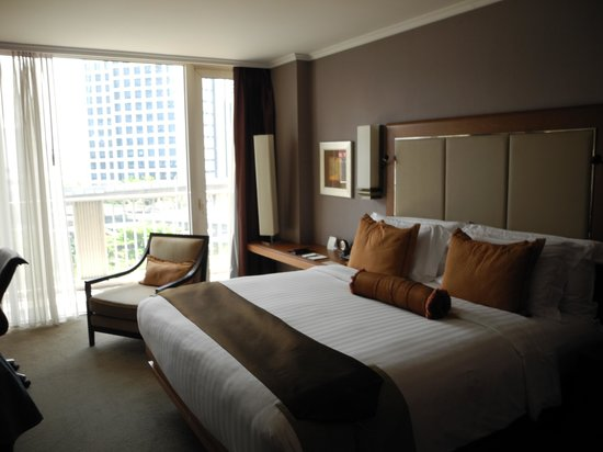 Dusit Thani Bangkok: Room