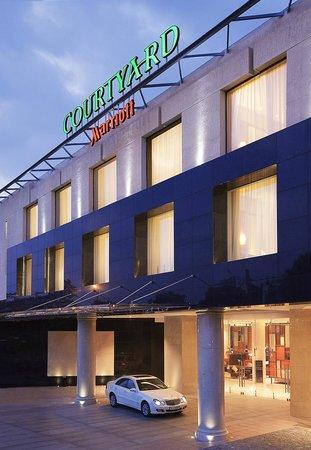 Courtyard by Marriott Kochi Airport: Entrance