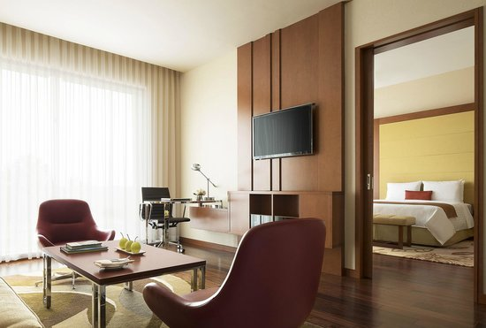 Courtyard by Marriott Kochi Airport: Suite