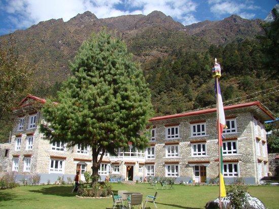Everest Summit Lodge Lukla