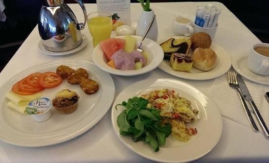 NH Potsdam: Frühstück