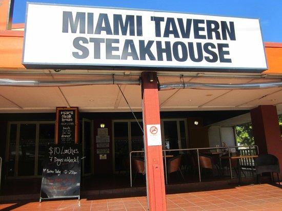 Miami Tavern: Entry.
