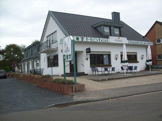 Hotel Rosenhof: Vorderansicht vom Rosenhof