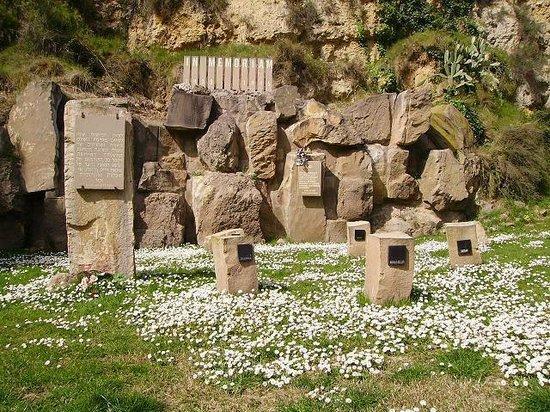 Jewish Barcelona Urban Cultours : Remembering, Shoah Memorial, 1995