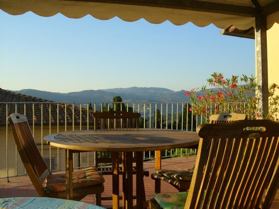 Villa Sorriso: The charming terrace