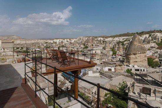 Aydinli Cave House Hotel: Terrace