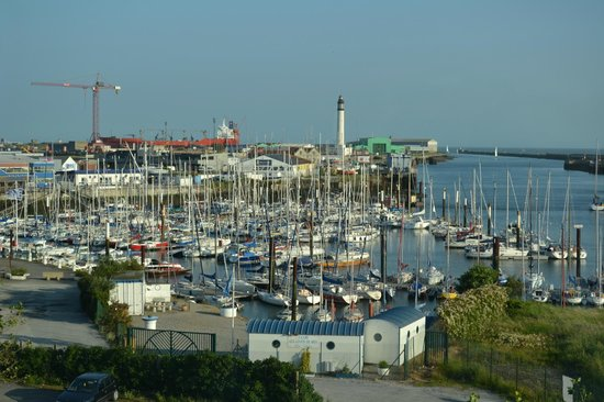 Les Gens de Mer Dunkerque: View from the hotel