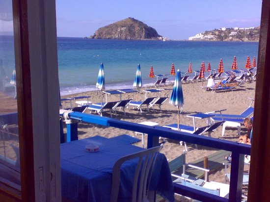 Bar Ristorante Nettuno: Vista Sant'Angelo