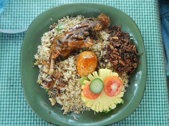 Days Inn Kandy: Chicken Buriyani of Garden Cafe