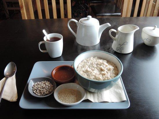 Doolin Cafe: my porridge! YUM :)