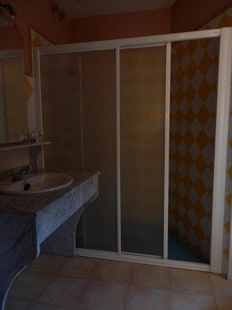 Hotel El Borboton: Baño