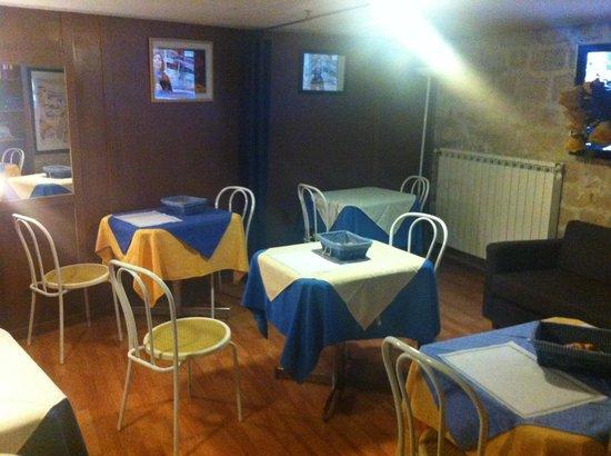 Hotel Moderne: Breakfast room