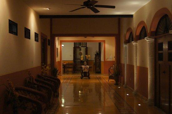 Luz En Yucatan: Foyer / Lobby area