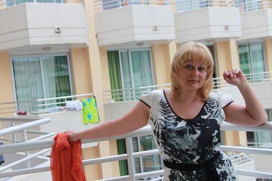 Hotel GHT Oasis Tossa & SPA : на балконе