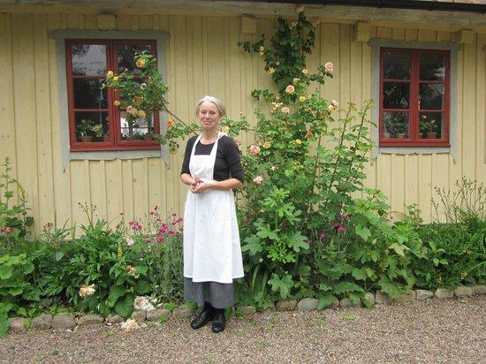 Vildrosor och Höns: Trevlig ägare
