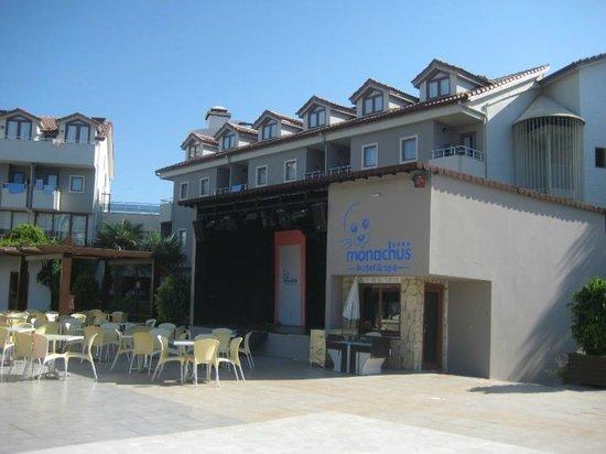 Hotel Monachus & spa: сцена
