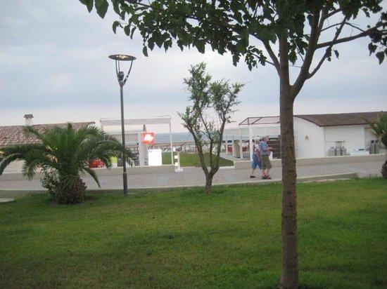 Monachus Hotel & Spa: парк-набережная