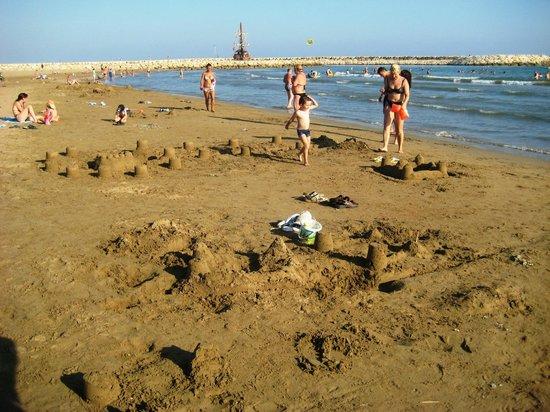 Hotel Monachus & spa: пляж
