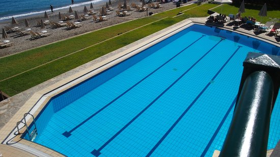 Blue Dome Hotel: poolen