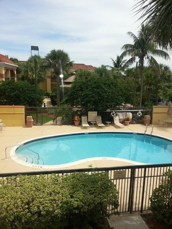 Hampton Inn Jupiter/Juno Beach : Pool