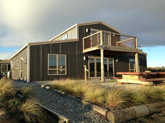 Tussock Lodge : Modern Lodge