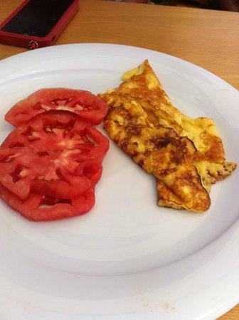 Buk Beach Club: Sipariş ettiğimiz omletin görüntüsü
