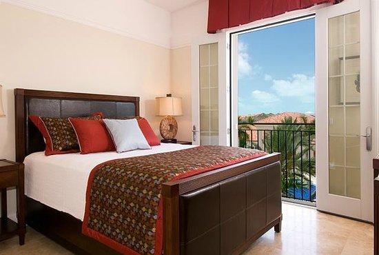 The Regent Grand: 1 bedroom ocean front suite