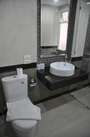 Aonang Regent Hotel: Good quality vanity