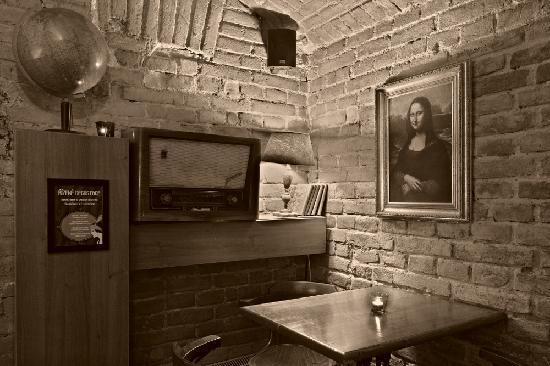Innuendo Prohibition Bar, Prague