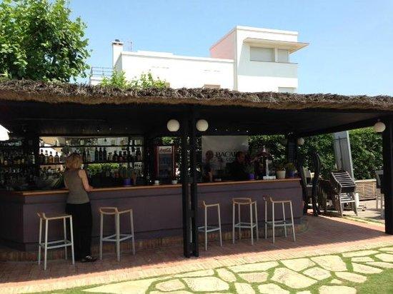 Hotel Subur Maritim: Pool Bar