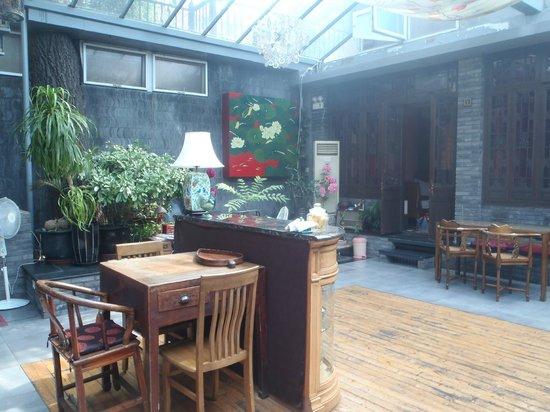 Kellys Courtyard: Courtyard